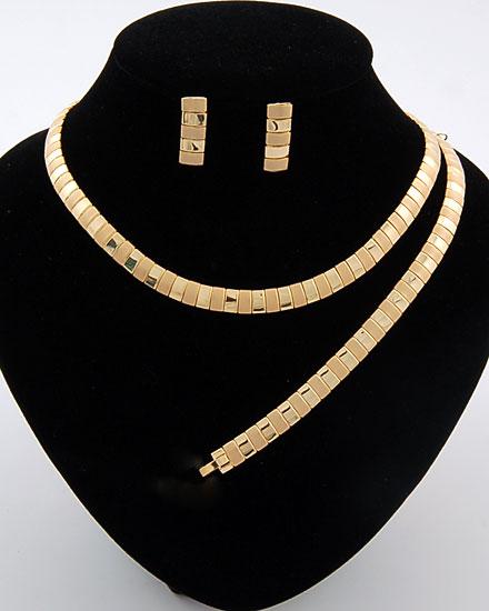 المجوهرات 101236.jpg