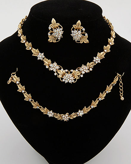 المجوهرات 137656.jpg